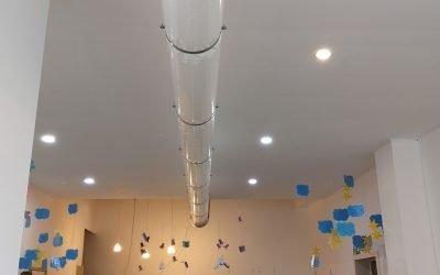 Succesvolle installatie innovatieve luchtreiniger Europees Project Zuivere Lucht